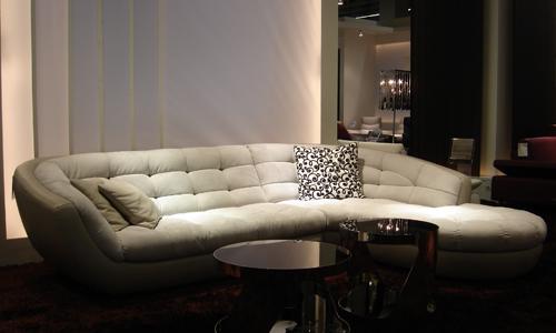 choisir un canap cuir tissu canap show. Black Bedroom Furniture Sets. Home Design Ideas