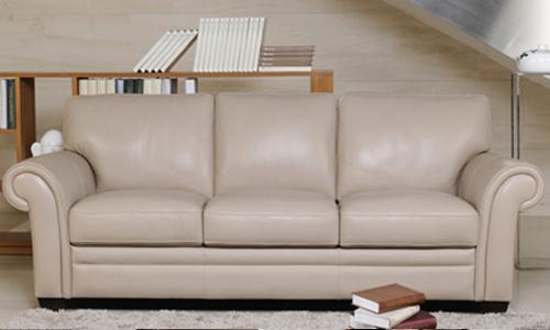 Quel canapé avec un fauteuil Chesterfield?